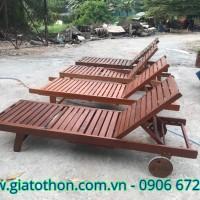 ghế gỗ tắm nắng