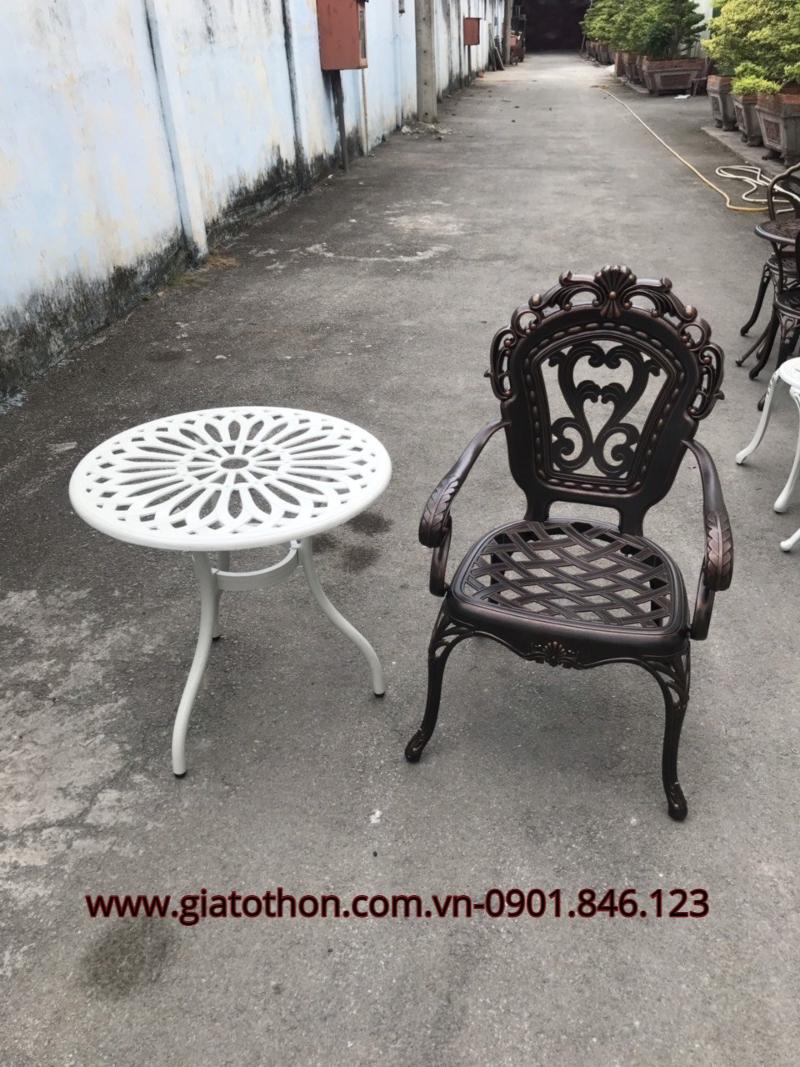 bộ bàn ghế ngoài trời