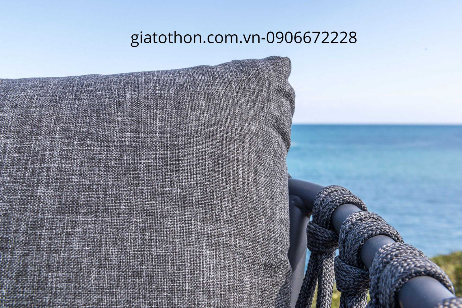 sofa giá rẻ ngoài trời